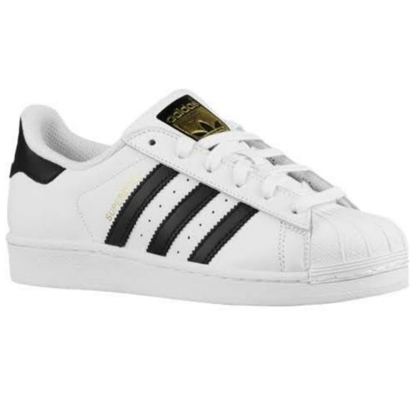 adidas low sneakers